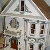 Queen Anne Rowhouse