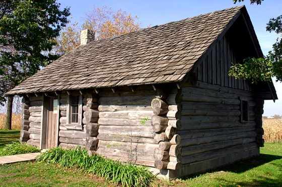 Little House in the Big Woods cabin, in half scale – the den of ...